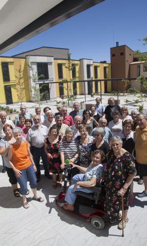 Los jubilados en la residencia autogestionada. / Santi Burgos